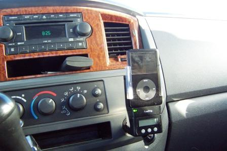 Dash mounted iPOD and FM Transmitter