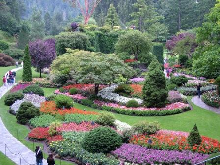 Butchardt Gardens in July