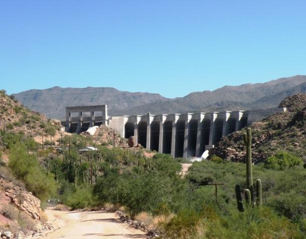 Bartlett Resrvoir Dam