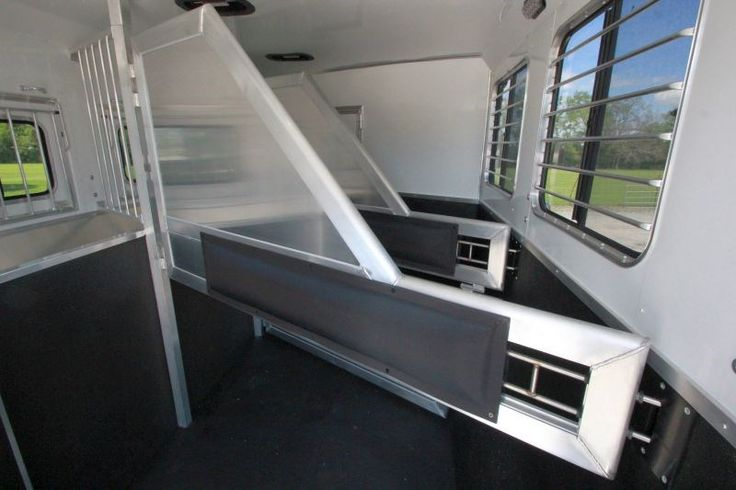 Narrow Window Air Conditioner >> The 2016 Lakota Charger LQ 11' Shortwall trailer I live in full-time