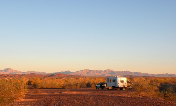 Bouse Arizona RV Boondocking Camp