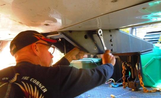 Removing the RV Pinbox